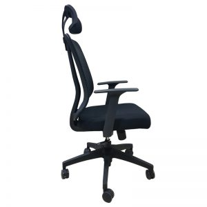 black mesh office chairs